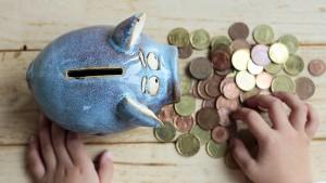 Sparer müssen immer mehr Risiken tragen
