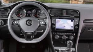 Früh bremsen kann in der Autoversicherung Geld sparen