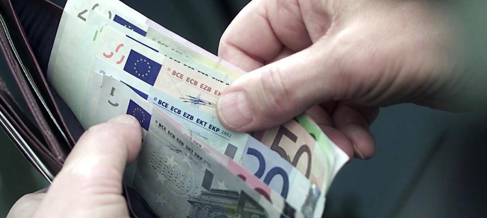 Bargeld Wird Im Urlaub Bevorzugt Trotz Diebstahl Gefahr