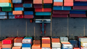 Zwei Container-Insolvenzen – zwei Welten