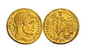 Geld mit Kreuz: Diese Goldmünze gilt als das älteste Zahlungsmittel der Welt mit einem christlichen Symbol. Anhand ihres Alters kann man sehen, wann das Christentum zur Staatsreligion aufstieg.
