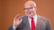 Nicht nur die Rentenübersicht soll digital werden. Kanzleramtschef Peter Altmaier will, dass Bürger viele Anträge bald online erledigen können.