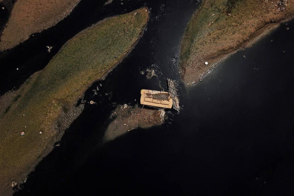 Der brasilianische Rio Tiete liegt nahe dem Tiete Nationalpark und gilt als einer der meist verschmutzten Flüsse des Landes.