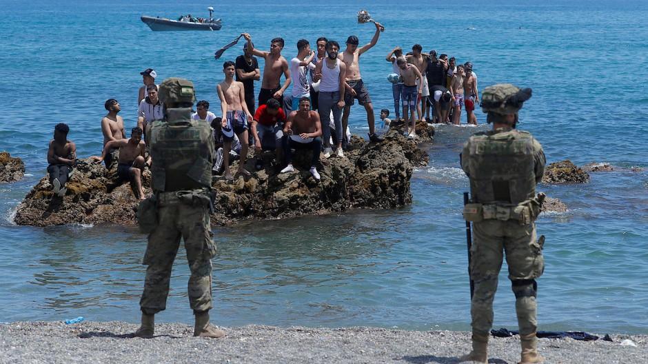 Marokkanische Migranten am 18. Mai bei der Ankunft in Ceuta