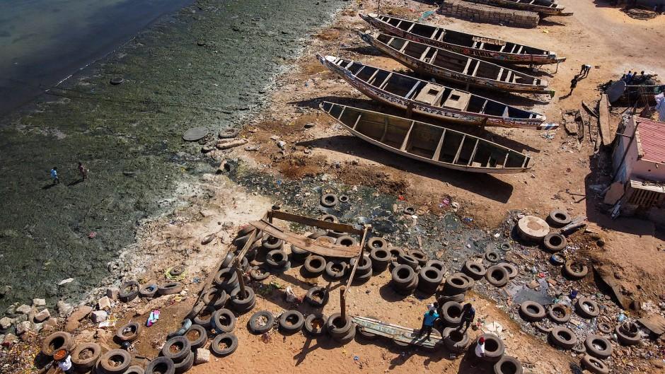 In Hann Bay im Senegal fließt Abwasser ungehindert in den Ozean.