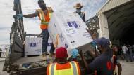 Hilfe für die Ärmsten: Ein Impstofflieferung der Covax-Initative kommt im Mai in Somalia an.