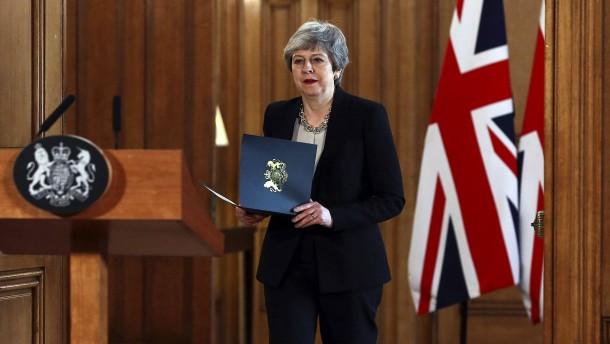 May hofft auf Schulterschluss mit Corbyn