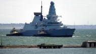 Der Royal Navy Zerstörer HMS Defender im Juni 2021 im Hafen von Odessa