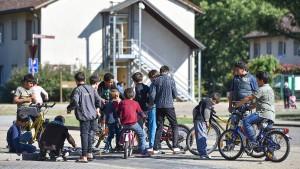 """Söder warnt vor """"Kahlschlag"""" bei Flüchtlingshilfe"""