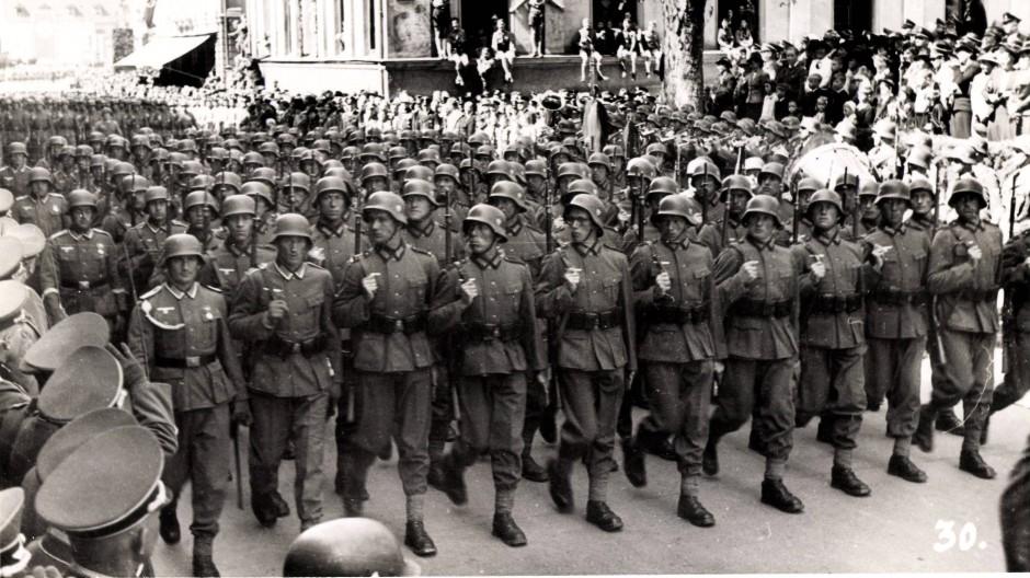 Parade der deutschen Wehrmacht
