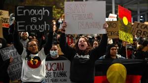 Auch die Aborigines wollen sich wehren