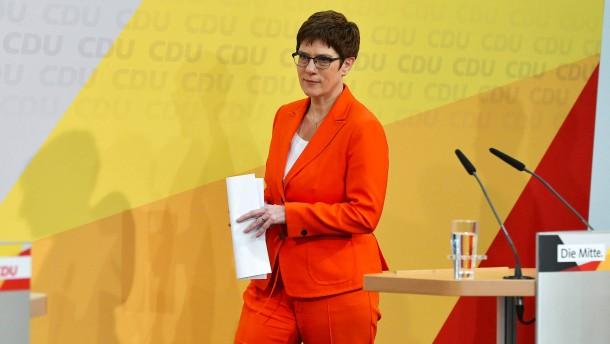 CDU schlägt Kandidatur von SPD oder Grünen vor