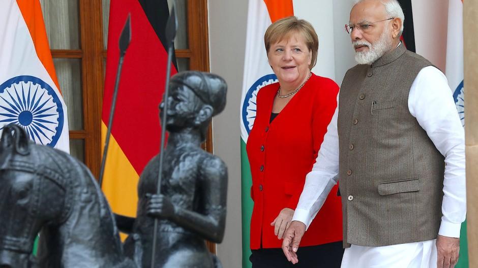 Bundeskanzlerin Angela Merkel mit dem indischen Ministerpräsidenten Narendra Modi