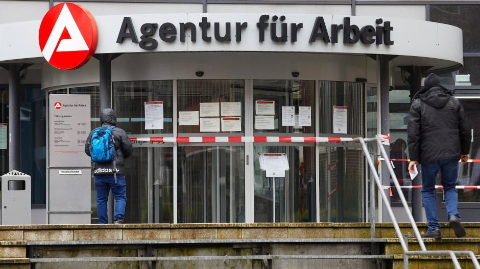 Die Arbeitsagentur in Hamburg - auch hier komplett gesperrt für den Besucherverkehr wegen Corona