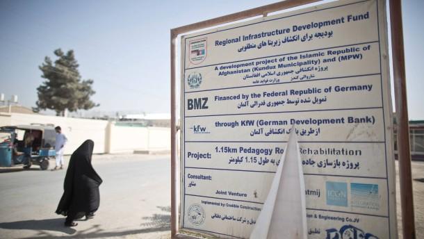Blockieren die Taliban humanitäre Hilfe?