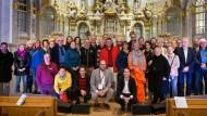 """Die Teilnehmer und Organisatoren von """"Deutschland spricht"""" in Dresden"""