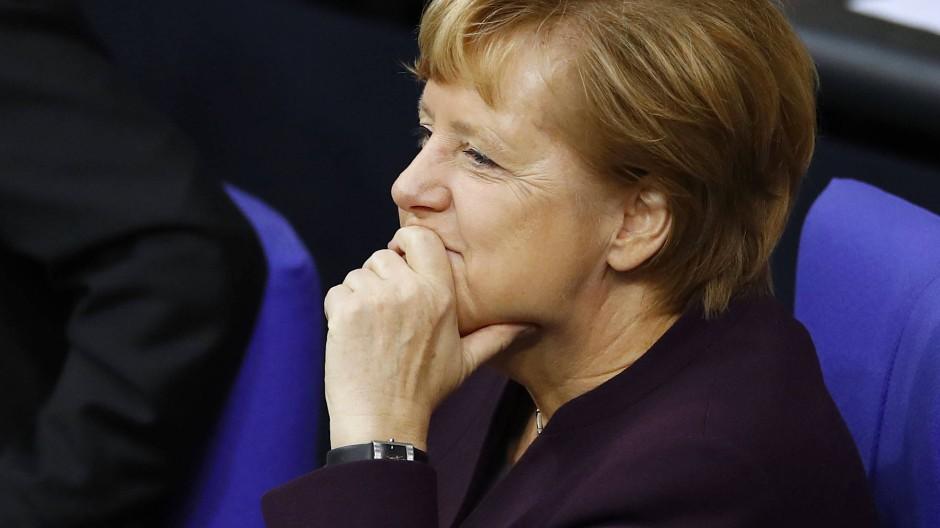 Kanzlerin Merkel: Regieren mit wechselnden Mehrheiten?