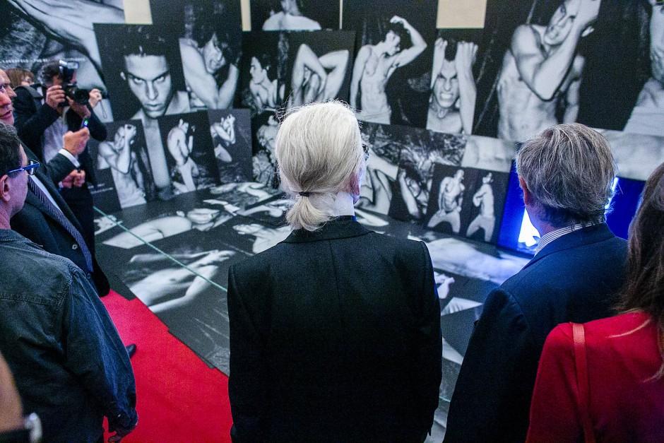 In Florenz: Karl Lagerfeld besucht 2016 während der Herrenmodemesse Pitti Uomo die Ausstellung seiner Fotos im Palazzo Pitti.