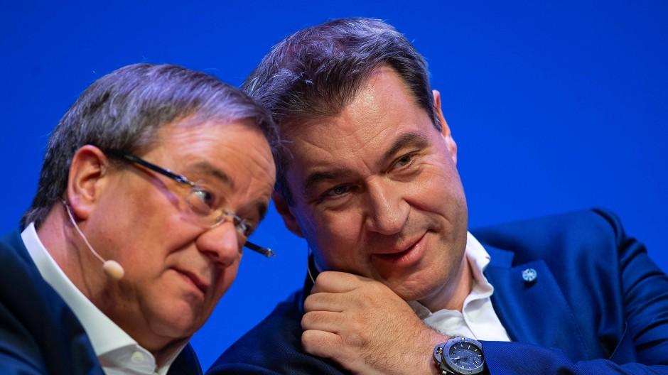 Vom Machtkampf noch keine Spur: Armin Laschet (links) und Markus Söder im Jahr 2019