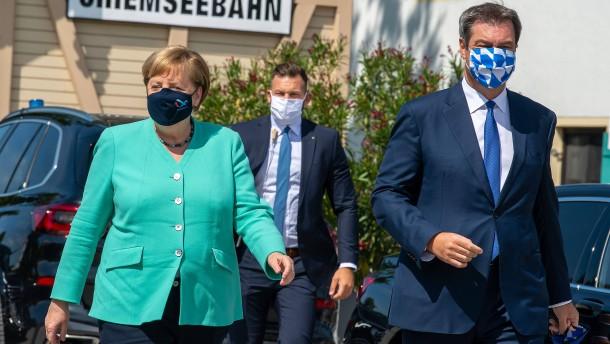 Der Mann mit den drei Masken