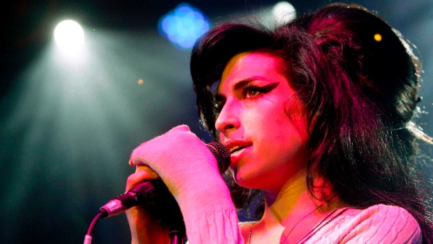 Amy Winehouse starb an Alkoholvergiftung