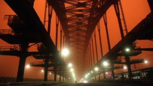 Sandsturm bringt Leben in Sydney zum Stillstand