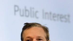 Wikileaks-Gründer Assange soll hinter Gitter