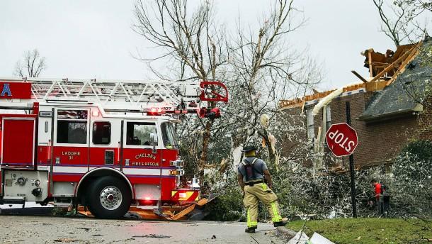 Mindestens fünf Tote nach Tornados in Alabama