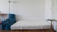 Erste eigene Wohnung? Ein leeres Zimmer in einer Berliner Studenten-WG. (Archiv-Foto)