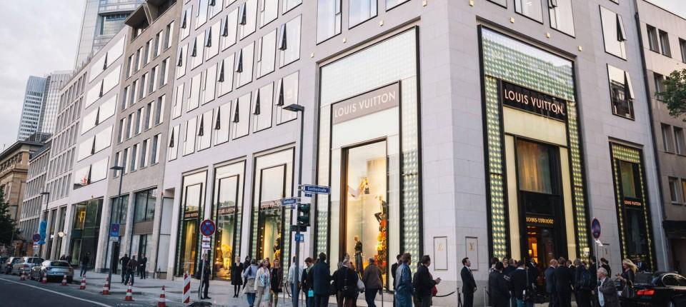 4f6be0a34850c Louis Vuitton in Frankfurt  Goethe wird länger