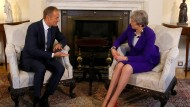 Donald Tusk und Theresa May am Donnerstag in London