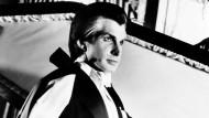 """Talent auch für Komödien: George Hamilton in der Rolle des Dracula in  """"Liebe auf den ersten Biss"""""""