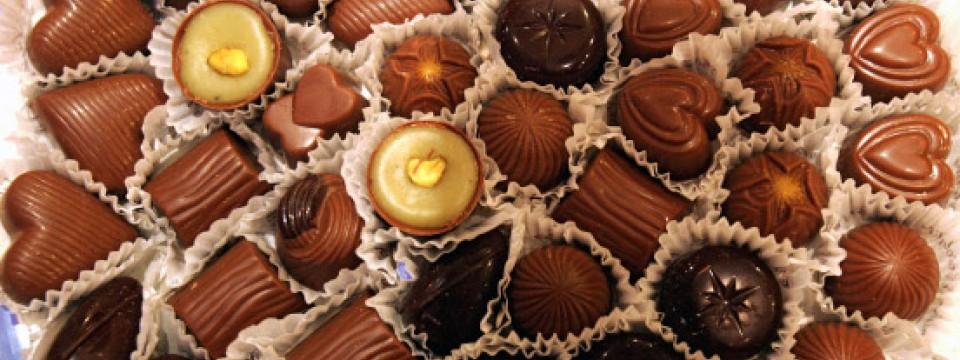 Von Herzen Selbstgemacht: Unbeliebte Kollegen Und Undankbare Freunde  Bekommen Nur Billige Schokolade