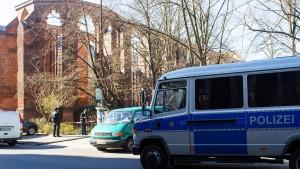 Toter in gotischer Kirchenruine entdeckt