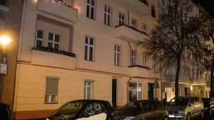 47-Jähriger auf Berliner Gehweg erschossen