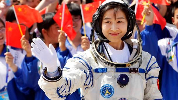 China schickt erstmals eine Frau ins Weltall
