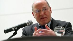 Gysi: Bundesregierung muss Auslieferung von Puigdemont verhindern