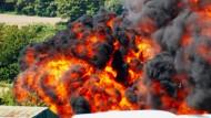 Militärjet stürzt bei Flugshow ab – sieben Tote