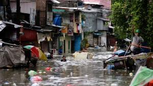 Taifun Usagi fordert mehr als 40 Tote