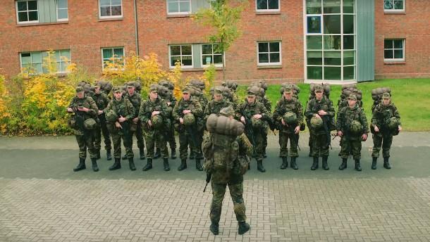 Wie die Bundeswehr auf YouTube um Nachwuchs wirbt