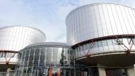 Der Europäische Menschenrechtsgerichtshof in Straßburg hat die Rechte von Transgender-Personen gestärkt.