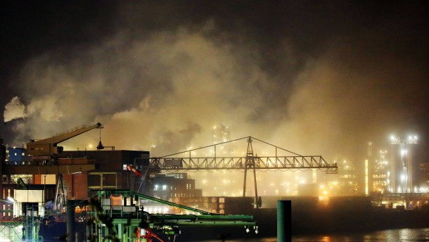Entwarnung nach Großbrand im Chemiepark Leverkusen