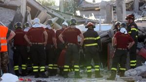 Nach dem Beben die Nachbeben