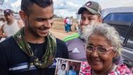 Nach zehn Jahren: Miriam Esther Vanegas hat ihren Sohn Felipe wieder.