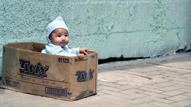 Rund tausend Euro für ein Neugeborenes
