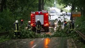 Frau bei Unwetter in Nordrhein-Westfalen tödlich verletzt