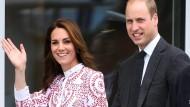 So freundlich winkte Herzogin Kate im vergangenen September bei ihrem Besuch in Kanada. Im Sommer werden Prinz William und sie in Deutschland erwartet.