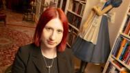 """Lydia Benecke glaubt, dass die Grenzen zwischen """"gut"""" und """"böse"""" fließend sind."""
