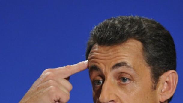 Finanzkommission beanstandet Sarkozys Rechnungen