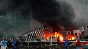 Verheerende Explosion in Kunststoff-Fabrik